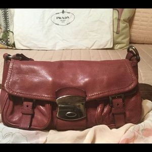 Authentic‼️Vintage All Leather Prada Bag Gorgeous